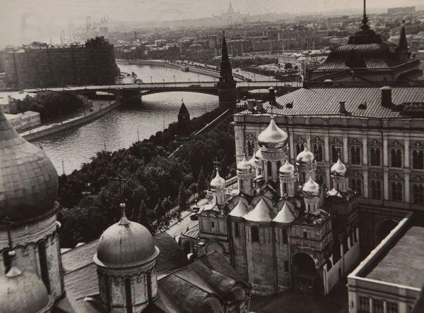 Вид на Москву с колокольни Ивана Великого.