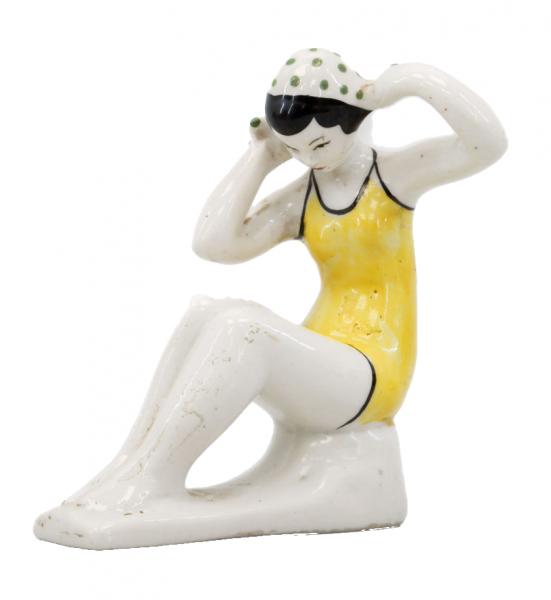 Скульптура «Купальщица».