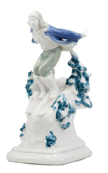 Скульптура «Лыжник».