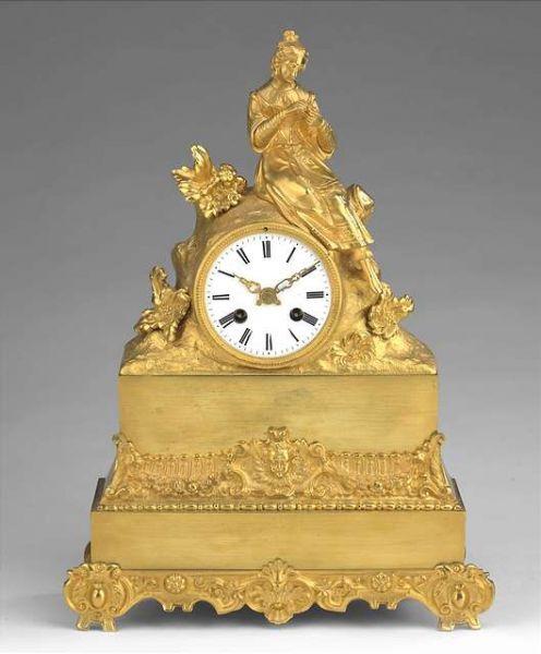 Часы каминные «Гадание на ромашке».
